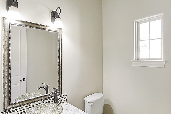 1618 Palmer View24 Powder Room