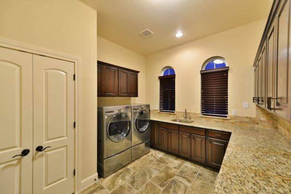 Darmondale Blvd High Res18 Utility Room