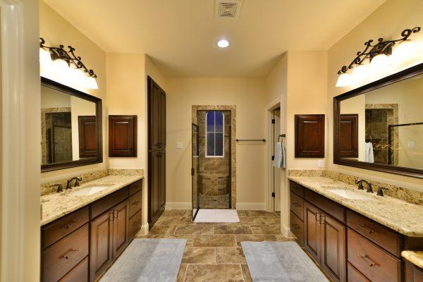 Darmondale Blvd High Res22 Master Bathroom